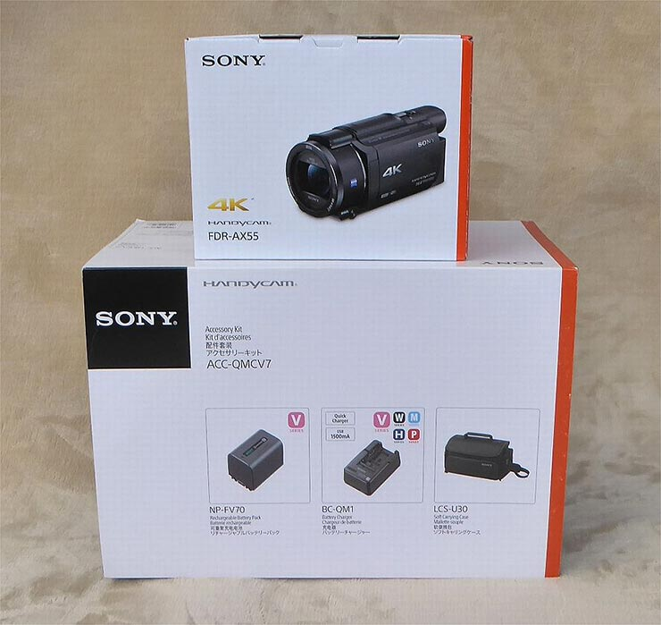 SONY FDR-AX55の外箱