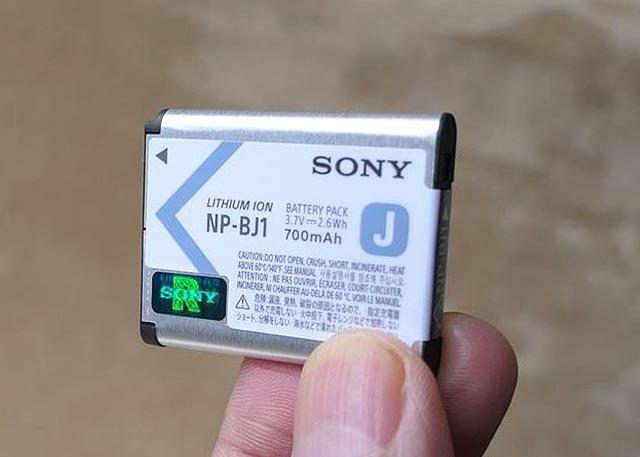 SONY DSR RX0 バッテリー ホログラム
